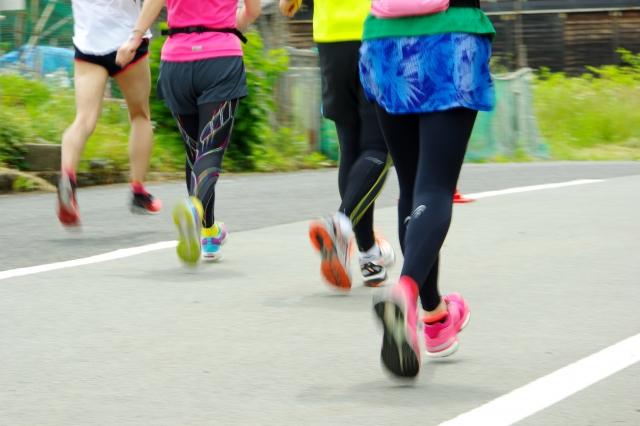 マラソンのテーピング
